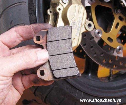 Cách sử dụng phanh đĩa xe máy an toàn - 2