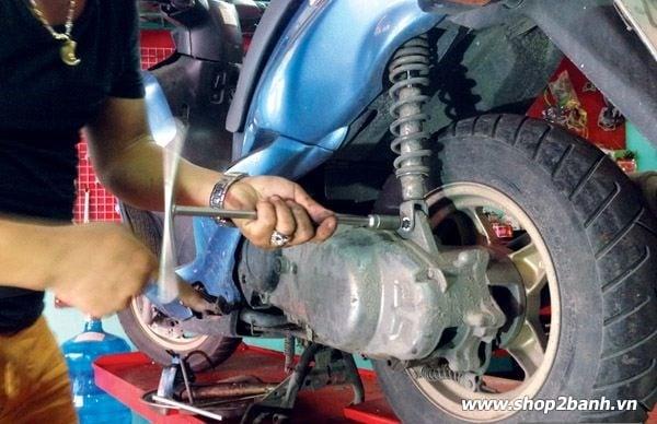 Phuộc nhún xe máy với những hư hỏng thường gặp và cách khắc phục - 4