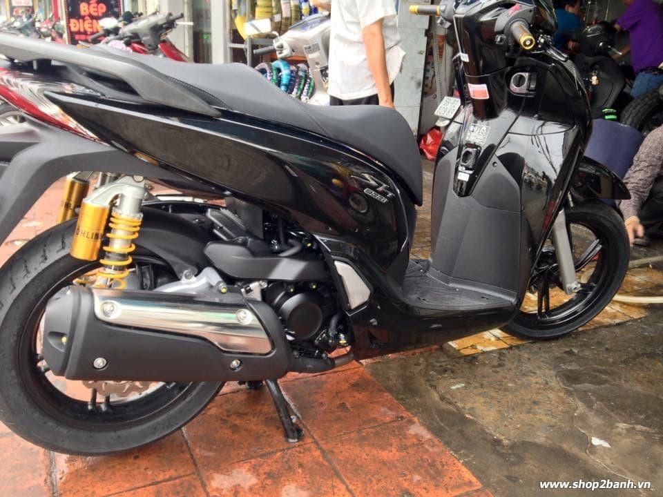 Honda sh300i 2015 độ đồ chơi khủng tại sài thành - 2