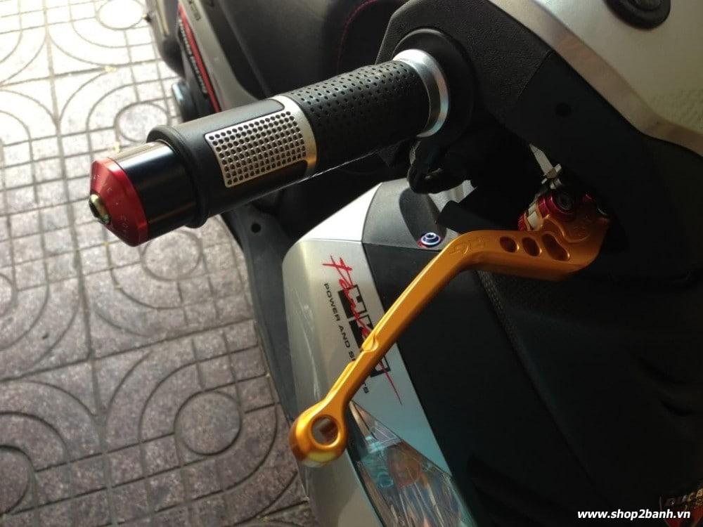 Honda sh độ kiểng full đồ chơi nổi bật tại sài gòn - 8