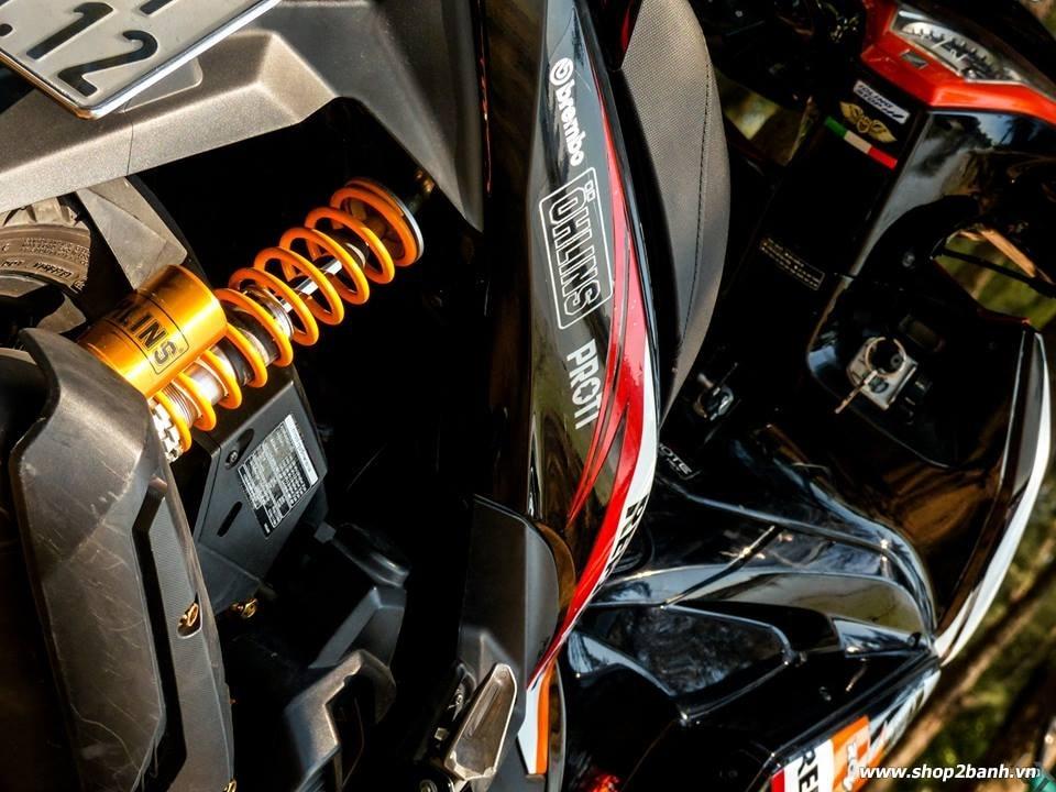 Lên full đồ chơi air blade 125 với phong cách repsol - 5