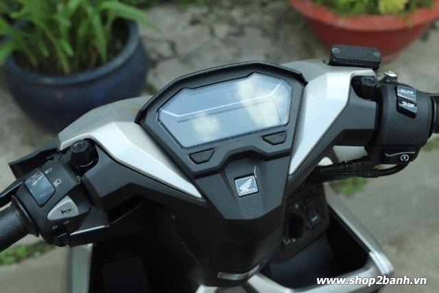 Xe honda vario 150 bạc nhám nhập khẩu indo 2019 - 4