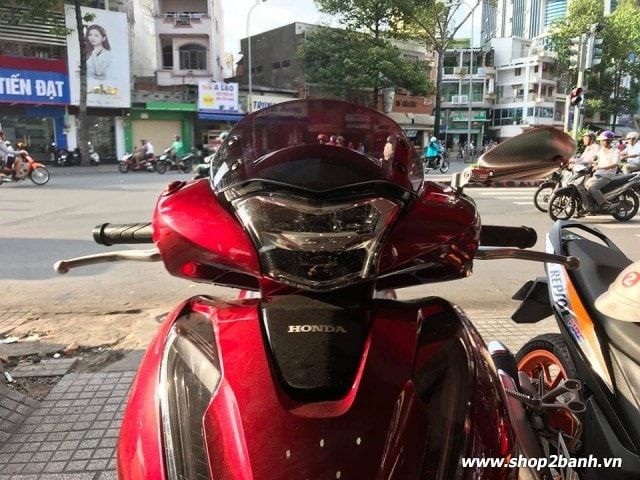 Kính chắn gió zhipat cho honda shvn 2017 - 2019 - 4