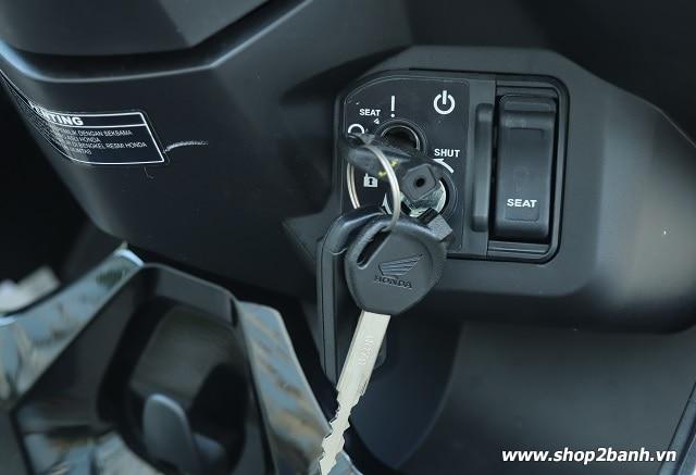 Xe honda vario 125 đen nhám nhập khẩu indo 2019 - 6