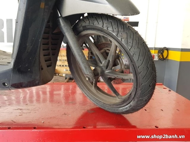Vỏ pirelli 11070-16 angel scooter - 2