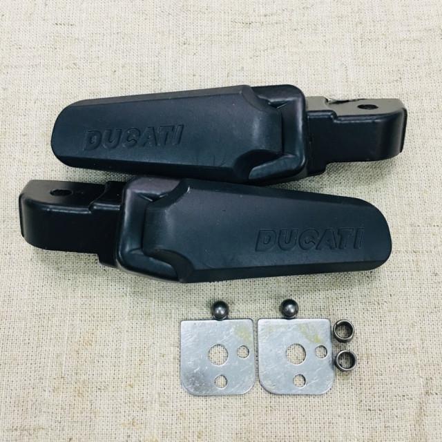Gác chân sau kiểu ducati - 2