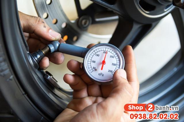 Cách sử dụng vỏ không ruột xe máy được bền lâu - 6