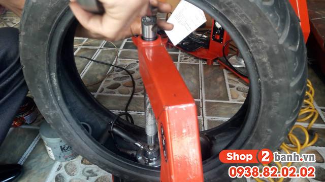 Cách sử dụng vỏ không ruột xe máy được bền lâu - 3