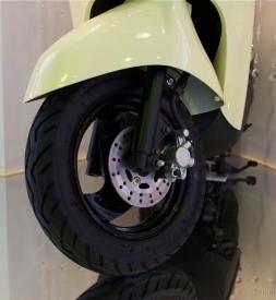 Vỏ Kenda 90/90-10 zin theo xe Yamaha Cuxi