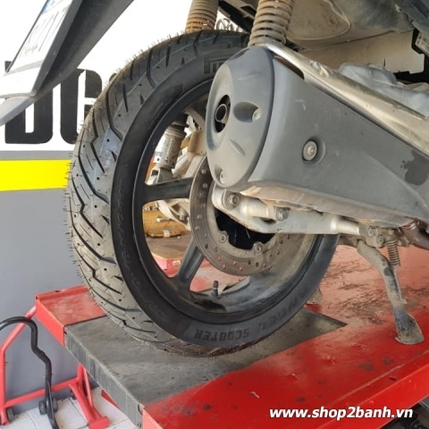 Vỏ Pirelli 130/70-16 Angel Scooter