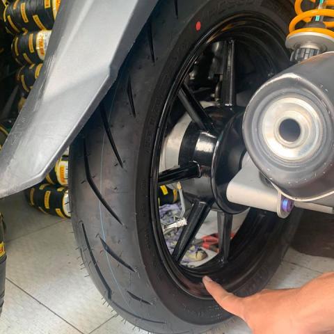 Vỏ Pirelli 90/90-14 Diablo Rosso Sport