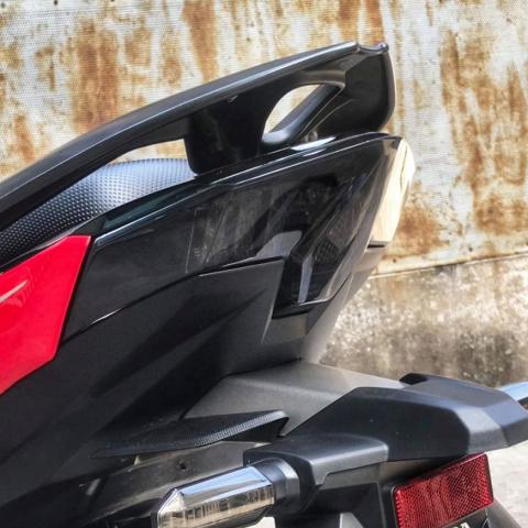 Mica đèn hậu màu khói cho Honda Vario, Click