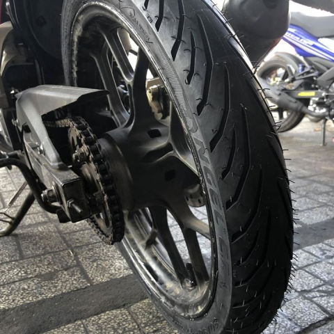 Vỏ Pirelli 80/90-17 Angel City