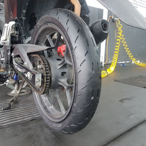 Vỏ Michelin Pilot Moto GP 100/80-17