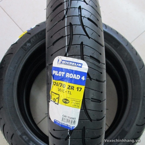 Vỏ Michelin Pilot Road 4 120/70ZR17 cho phân khối lớn