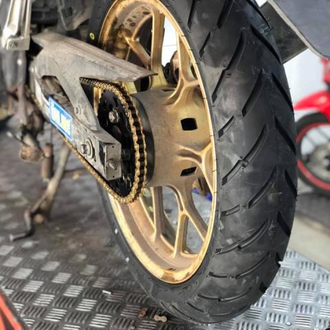 Vỏ xe Dunlop 120/70-17 D102A